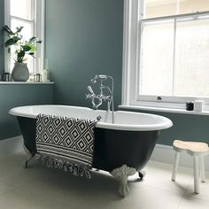 Farrow and Ball Black and Blue and Oval room blue in our bathroom, love this combo. Blue Bathroom Interior, Black Bathroom Sets, Black Tile Bathrooms, Blue Bathroom Paint, Simple Bathroom, Family Bathroom, Bathroom Ideas, Bathroom Color Schemes, Bathroom Colors