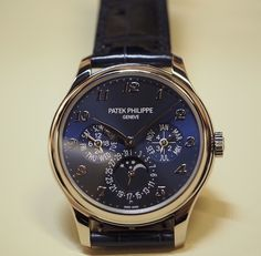 Patek Philippe [NEW] Grand Complication Perpetual Calendar 5327G-001 (Retail:US$85,100) ~ Special Offer: HK$599,000.