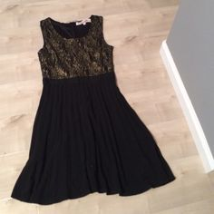 Little black dress size Medium Only worn once still in great condition! Francesca's Collections Dresses