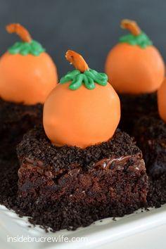 Peanut Butter Pumpkins (use Snyder's #glutenfree pretzels)