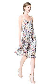 tendencia_dress_for_less_vestidos_vaporosos_45781371_800x.jpg (800×1200)