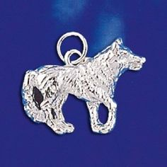 STERLING SILVER NORTH AMERICAN WILDERNESS DEEP WOODS LARGE WOLF PENDANT NECKLACE