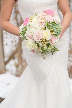 Spring wedding bouquet | Glamorous English Garden Wedding At Laurel Hall Indianapolis | Photograph by Anya Albonetti Photography  http://storyboardwedding.com/english-garden-wedding-laurel-hall-indianapolis/