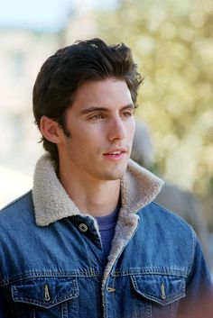 Milo Ventimiglia as Jess Mariano on Gilmore Girls...Jess was always my favorite of Rory's boyfriends...