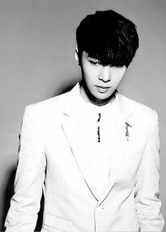 EXO Yixing