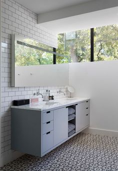 Mosaic House RUGOSA cement tile on the floor. Bathroom design by by Hugh Jefferson Randolph Architects, Photograph by Casey Dunn Bad Inspiration, Bathroom Inspiration, Interior Inspiration, Big Bathrooms, Modern Bathroom, Master Bathroom, Sink Vanity Unit, Granite Flooring, House Tiles