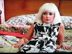 #PrettyInPink (1986) - #Iona