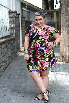 O decote cigana é uma das trends mais democráticas do verão e fica bem em qualquer tamanho e corpo. Inspire-se nesse look e veja onde comprar...