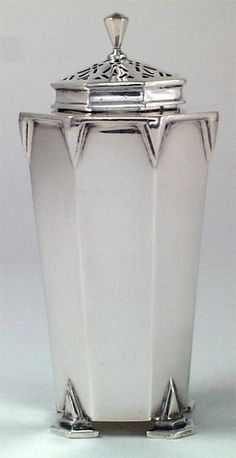Art Deco English Sterling Muffineer, Charles S. Green & Co., Birmingham, England, c. 1933