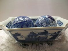 Vintage Porcelain Decorative Dish with Balls by Piaraciccone, $35.00