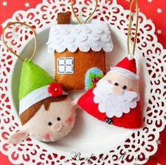 Felt Crafts Barbara Handmade cute christmas elf, gingerbread house and santa tree decorations Christmas Makes, Noel Christmas, Homemade Christmas, Christmas Projects, Felt Crafts, Holiday Crafts, Felt Christmas Decorations, Felt Christmas Ornaments, 242