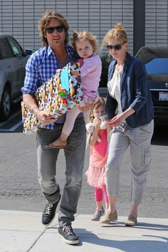 Nicole Kidman With Husband Keith Urban and Their Two Daughters...What A Lovely, Devoted Family!!