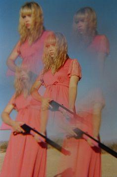 (Tavi?) girls and guns by petra collins
