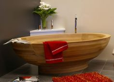E-Legno's Wooden Bathtub - 3rings