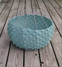 Crochet lamp shades with tutorial