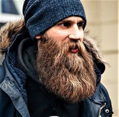 for men who love long bearded men Beard Cuts, Red Beard, Long Beard Styles, Hair And Beard Styles, Hair Styles, Epic Beard, Full Beard, Great Beards, Awesome Beards