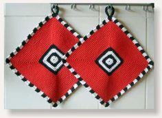 Ravelry: BrigitteR's Potholders - finally a pair Crochet Crafts, Crochet Projects, Knit Crochet, Crochet Potholders, Crochet Cushions, Crochet World, Crochet Motif Patterns, Stitch Patterns, Crochet Decoration