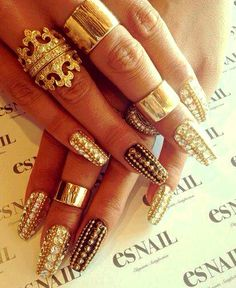 Bling nail art Cool sungalsses just need$24.99!!! website for you : www.glasses-max.com