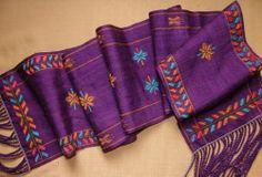 Plain weave with Andean Pebble Weave motifs