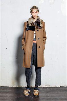 Sfilata Kolor Parigi - Collezioni Autunno Inverno 2017-18 - Vogue