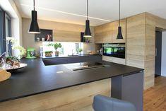 Elegante Barlösung integriert in der Ko. Kitchen Room Design, Modern Kitchen Design, Interior Design Kitchen, Kitchen Dining, Kitchen Decor, Island Kitchen, Kitchen Ideas, Küchen Design, House Design