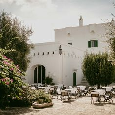 Choose authencity for your wedding! Beautiful Masseria and villa with gorgeous vue and decoration for any kind of wedding. #nocesitaliennes #beautifulvenue #weddingvenueitaly #weddingsitaly