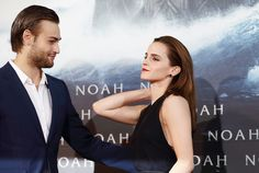 Emma Watson Photos Photos - Douglas Booth and Emma Watson attend the premiere of Paramount Pictures' 'NOAH' at Zoo Palast on March 2014 in Berlin, Germany. - 'Noah' Premieres in Berlin Douglas Booth, Paramount Pictures, Emma Watson, Movie Tv, Harry Potter, Celebs, Actresses, Movie Posters, Beautiful