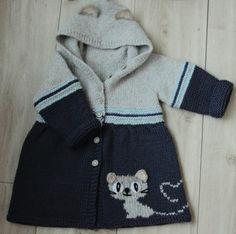 Пальто из полушерсти на маленькую принцессу 1-1,5 года