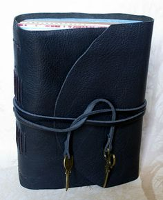 Make your own long-stitch bound journal : a photo heavy tutorial via are you flowin'? by Sarah