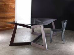 http://furnitureguilt.com Contemporary Bedroom