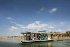 Completed in 2015 in Alqueva, Portugal. Images by Jose Campos. Modularity A romantic gateway for two or a mobile house in the middle of a lake for the entire family or a group of friends, with a fixed width of 6...
