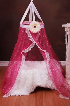 newborn baby canopy photography prop hot pink by LeDemoiselle, $40.00