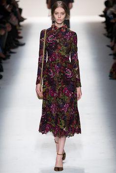 #Valentino #FW2014_15 #trends #flowers #Catwalk #PFW #Paris
