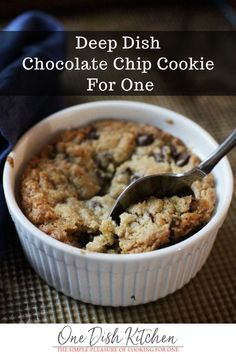 This Deep Dish Chocolate Chip Cookie For One is so easy to make and can be baked in a ramekin or on a cookie sheet. With buttery, crisp edges and a warm, gooey center it& a delightful indulgent treat for one person. Single Serve Desserts, Single Serving Recipes, Easy Desserts, Single Serve Brownie, Mini Desserts, Plated Desserts, Mug Cakes, Mug Recipes, Cookie Recipes