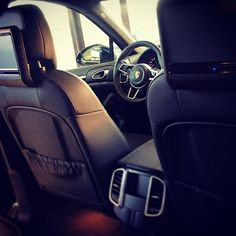 Porsche Cayenne #television#porsche#cayenne#inside#suv#blackcar#luxurysuv#luxurycars#cars#carsgram#carsofinstagram#instasuv#instacar#instaporsche#auto#autonuove#automotive#automobile#showroom#fmcar#cesenatico http://blog.fmcarsrl.com/wp-content/uploads/2016/02/12729477_1007112236002292_727854821_n.jpg http://blog.fmcarsrl.com/index.php/2016/02/12/porsche-cayenne-televisionporschecayenneinsidesuvblackcarluxurysuvluxurycarscarscarsgramcarsofinstagraminstasuvinstacarinstaporsche