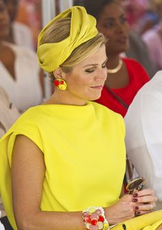Browse King Willem-Alexander and Queen Maxima Attend Dia di Rincon in Bonaire latest photos. View images and find out more about King Willem-Alexander and Queen Maxima Attend Dia di Rincon in Bonaire at Getty Images. Queen Of Netherlands, Royal Queen, Three Daughters, Love Hat, Queen Maxima, Nassau, Royal Fashion, Bandana, Celebs