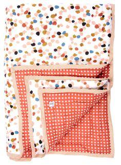 Le Petit Lucas du Tertre light colored baby blanket