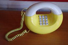 1970s Vintage Sculptura Donut Phone Telephone by retrowarehouse