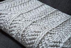 Abrigado - Knitting Patterns and Crochet Patterns from KnitPicks.com