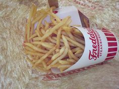 Freddy's fries <3 I miss this place :(