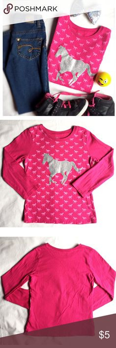 Horse Print Girls Long Sleeve T-Shirt Sz S (5/6). 🐎Horse Print Girls Long Sleeve T-Shirt Sz S (5/6). Pink and silver horse print. 100% cotton. GUC The Children's Place Shirts & Tops Tees - Long Sleeve