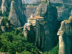 Vacanze  spirituali: monasteri ed eremi più belli del mondo