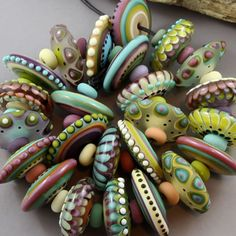Magma Beads ~Soft Garden Disks~ Handmade Lampwork Beads. #Lampwork Spoon Jewelry, Jewelry Art, Jewellery, Polymer Clay Beads, Lampwork Beads, Stationery Craft, Lampworking, Polymer Clay Projects, Clays