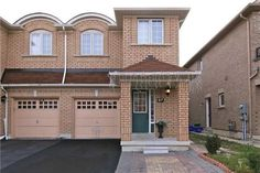 Residential for Sale In Brampton, Price: $569,000  For Showing Please Call (905) 712-2121 & 416 939-9109