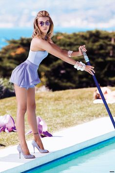 This is what I wish I looked like when cleaning my pool!!