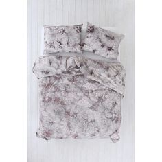 Magical Thinking Acid Wash Duvet Cover ($89) ❤ liked on Polyvore featuring home, bed & bath, bedding, duvet covers, magical thinking bedding, cotton bedding, tye dye bedding and tie-dye bedding