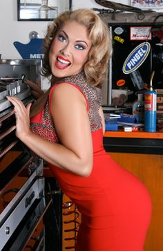 Pin Up in the garage with tool box