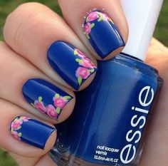 I could totally do this with my new #epicnail In The Navy polish with their floral pattern foil design !!