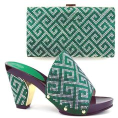 61.38$  Buy here - http://alijo1.worldwells.pw/go.php?t=32757283410 - Fashion Woman Italian Matching Shoes And Bags Set Party Italian Shoe With Bag Set With Rhinestone  HWE1-37