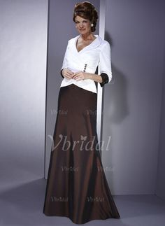 A-Line/Princess V-neck Sweep Train Ruffle Taffeta Zipper Up Sleeves 3/4 Sleeves No Chocolate White Fall Winter General Mother of the Bride Dress